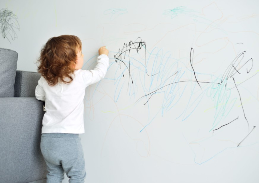 11. Clean Marked Walls, Scratched Walls With WD-40