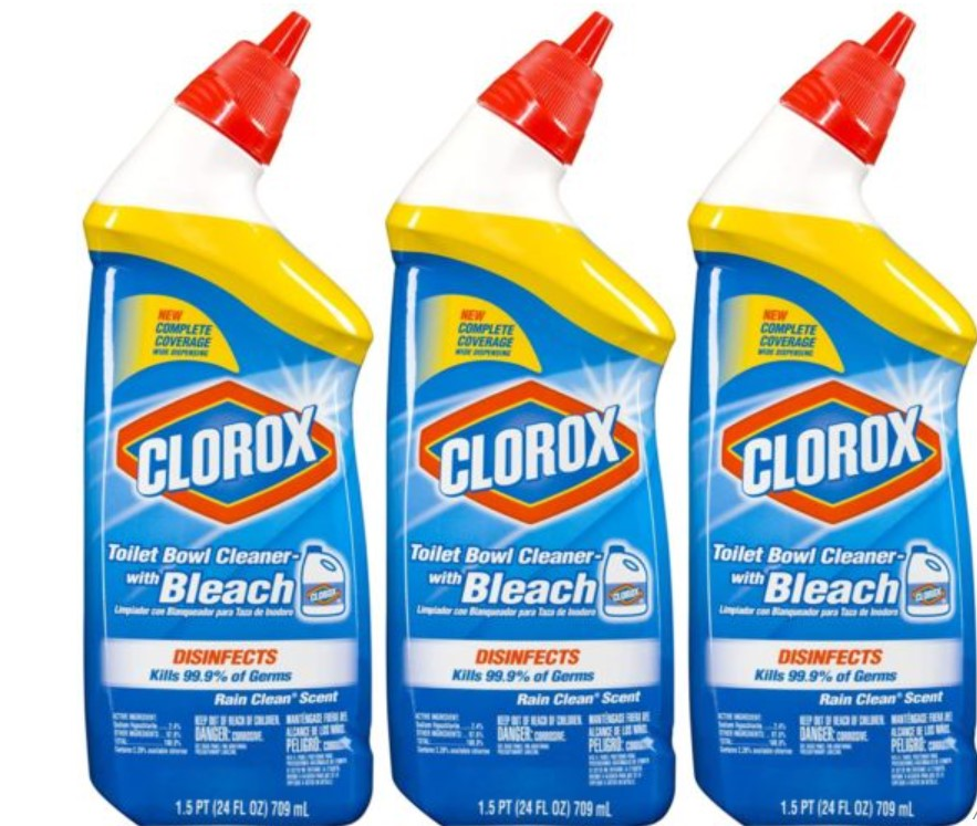 12. Rid Grout With Toilet Cleaner