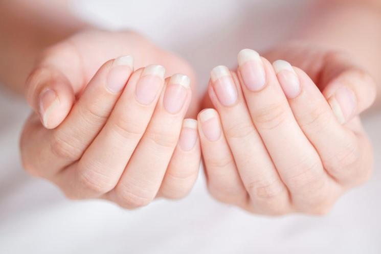 Helps Whiten Your Fingernails